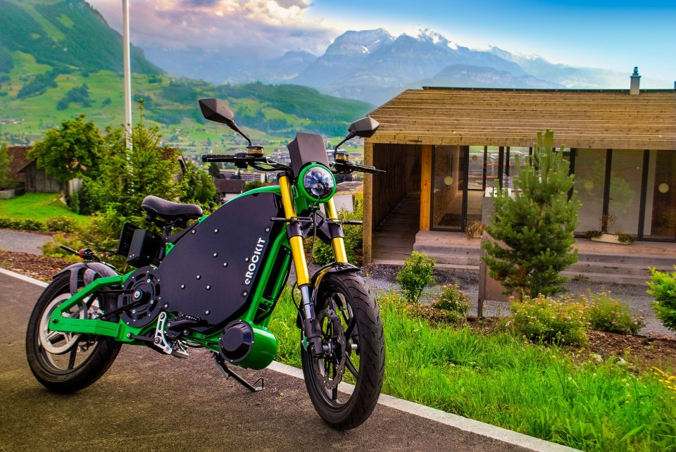 Erockit Electric Motorcycles You Control The Speed With Pedals Shargeme Evs Blog