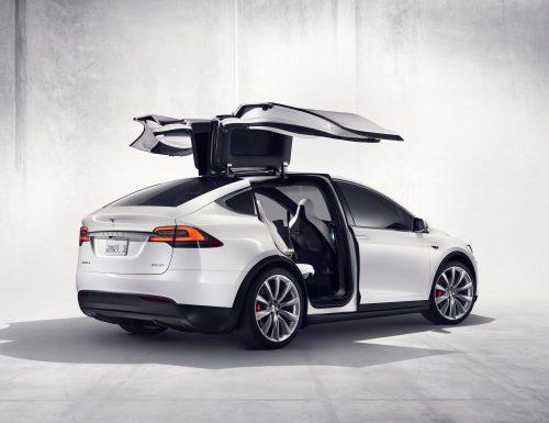 Tesla recorta precios en dos modelos estadounidenses