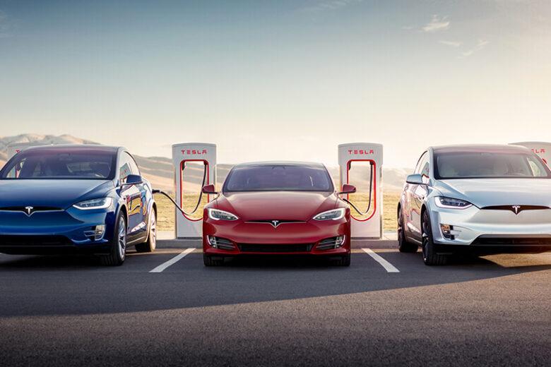 Tesla festeggia il suo 25.000esimo Supercharger